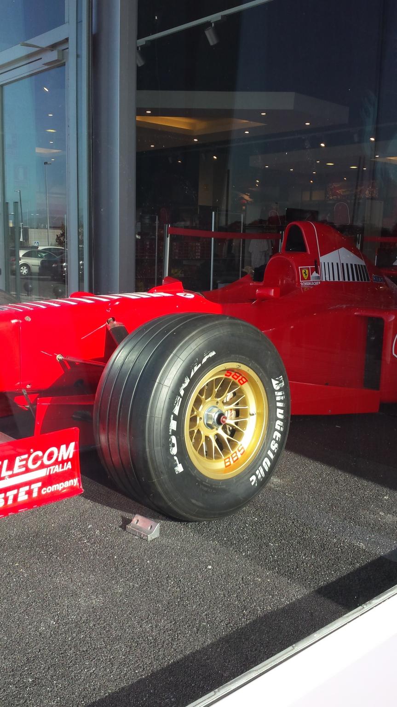 Ferrari 1997: lamacchina