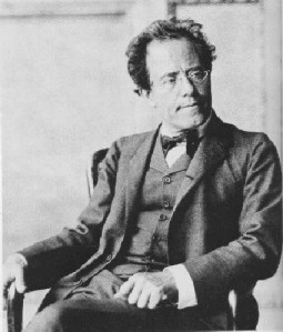 MahlerAdultoSentadoViena